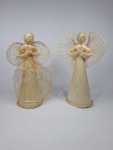 Engel aus Naturfaser